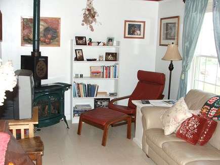 Near Coast Guard Beach Eastham Cape Cod vacation rental - Comfortable living room