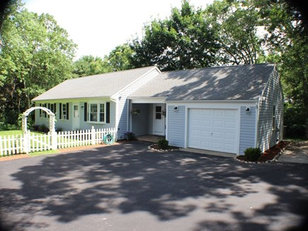 Centerville Centerville vacation rental - Driveway accommodates up to 5 vehicles
