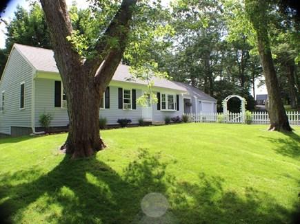Centerville Centerville vacation rental - Front Yard