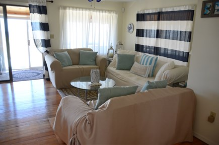 Sagamore Beach, Sandwich Sagamore Beach vacation rental - Family Room overlooking Ocean