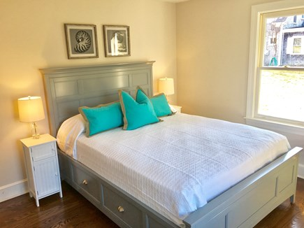 Chatham (in town) Cape Cod vacation rental - 1st Floor - Queen (w/TV mounted on opposite wall)