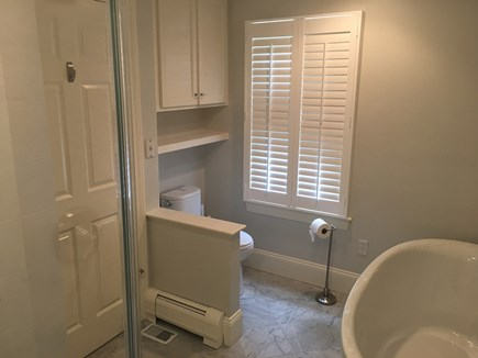 Chatham (in town) Cape Cod vacation rental - En suite marble bath w/soaking tub (1st floor master)