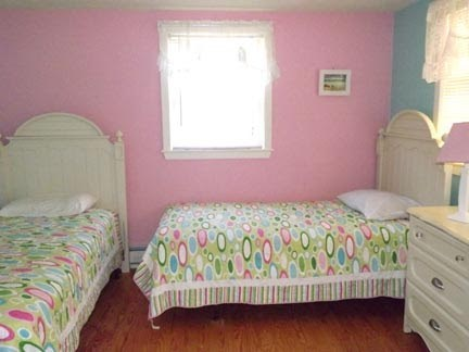 Chatham Cape Cod vacation rental - 2nd Bedroom with twins