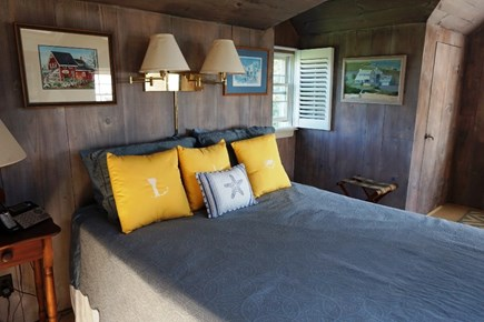 Centerville, Barnstable Centerville vacation rental - King bedroom