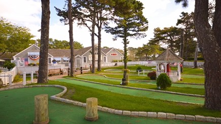 New Seabury, Popponesset, Mash New Seabury vacation rental - Popponesset Marketplace: Mini Golf Course View