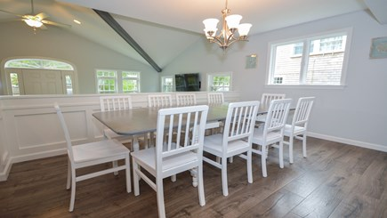 New Seabury, Popponesset, Mash New Seabury vacation rental - Open/Flowing Kitchen, Dining Area (seats 12) Sunken Family Room.