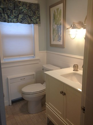 South Yarmouth Cape Cod vacation rental - Bath