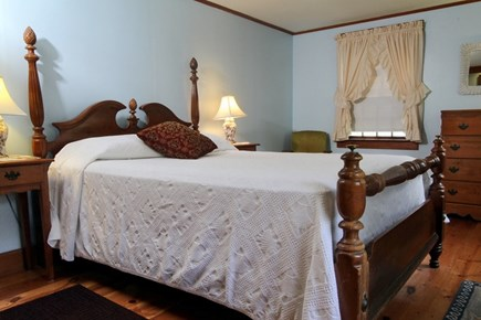 Dennis Port Cape Cod vacation rental - Queen size bedroom, linens included