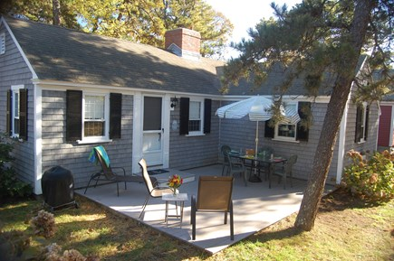 Dennis Port Cape Cod vacation rental - 2 bed, central AC, less than a minute walk to private beach