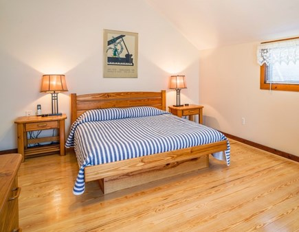 Dennis Port Cape Cod vacation rental - Queen bedroom, cable television