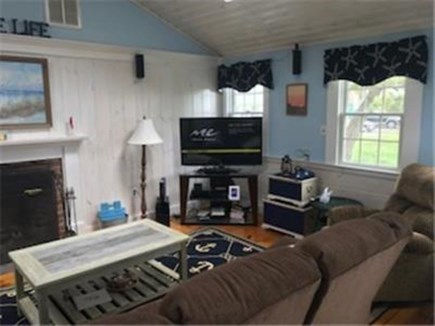 Dennis Port Cape Cod vacation rental - Flat screen cable television, surround sound, cottage WIFI