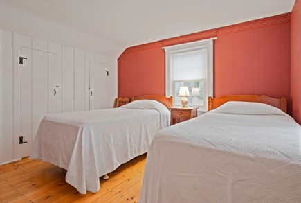 Dennis Port Cape Cod vacation rental - Twin bedroom, linens included