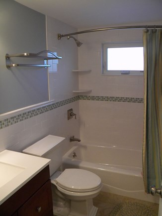 South Yarmouth Cape Cod vacation rental - Full Bath - Renovated 2015