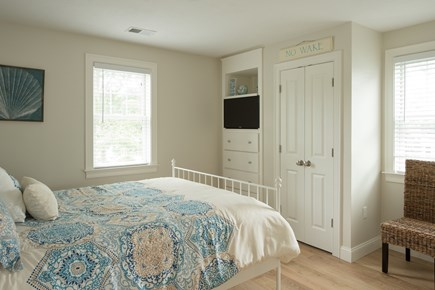 Dennis, Mayflower Beach Cape Cod vacation rental - Second floor guest room with TV