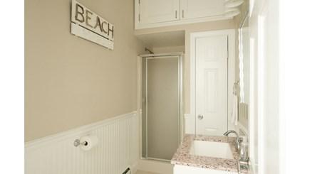Dennis, Mayflower Beach Cape Cod vacation rental - First floor full bath