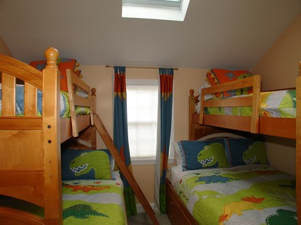 Dennis, Mayflower Beach Cape Cod vacation rental - Bunk room with loft