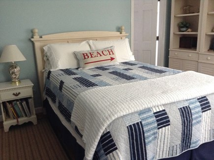 Hyannis Cape Cod vacation rental - Queen in main floor bedroom