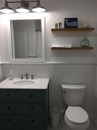 Falmouth Cape Cod vacation rental - Full bath