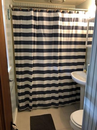 Dennis Port Cape Cod vacation rental - Bathroom with tub