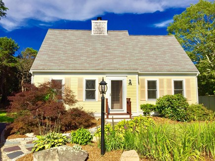 Falmouth Cape Cod vacation rental - Beautiful cottage with well maintained landscaping