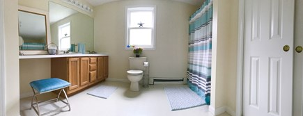 Falmouth Cape Cod vacation rental - Very Large full bath. Opens to Master bedroom and Hallway