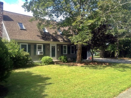 Falmouth, Teaticket Cape Cod vacation rental - Child Safe neighborhood great for morning walks or bike rides