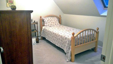 Falmouth, Teaticket Cape Cod vacation rental - 2nd floor bedroom