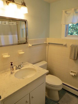 Orleans Cape Cod vacation rental - One of two full baths