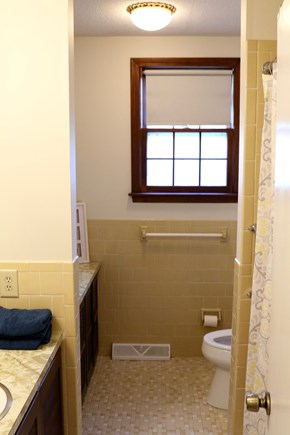 Orleans Cape Cod vacation rental - Full bath with shower