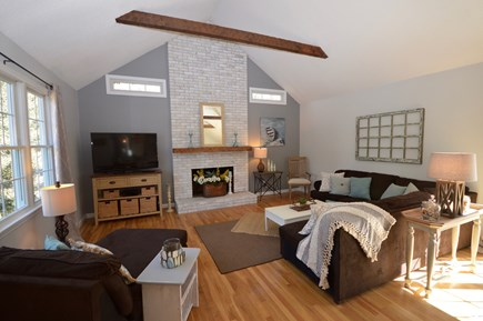 Orleans Cape Cod vacation rental - Vaulted ceilings in living/dining area