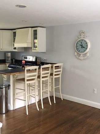 Centerville Centerville vacation rental - Breakfast bar