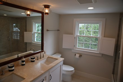 East Orleans, Mill Pond  Cape Cod vacation rental - 2nd Floor Full Bath