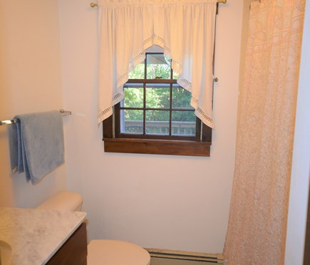 Orleans Cape Cod vacation rental - Lower level full bathroom