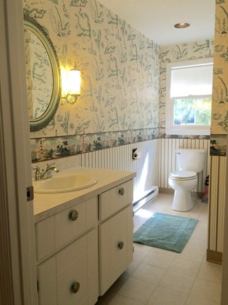 North Falmouth Cape Cod vacation rental - Bright and clean full bath