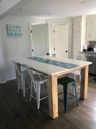 Dennis Cape Cod vacation rental - Kitchen Island
