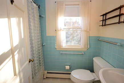 Orleans Cape Cod vacation rental - Main level full bathroom