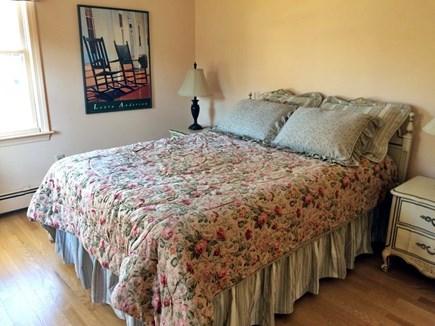 Chatham Cape Cod vacation rental - Queen  Bed room, spacious and bright.
