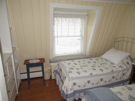 Dennis Cape Cod vacation rental - One of two 2nd flr BRs with two twins