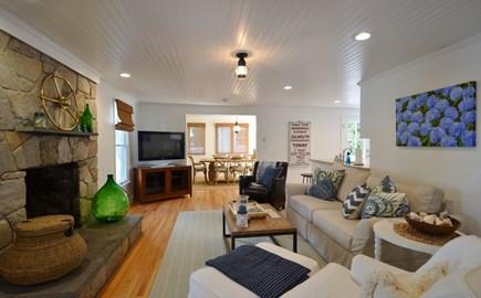Megansett, No. Falmouth Cape Cod vacation rental - Living room