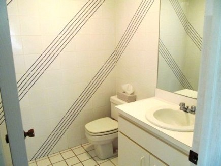 North Falmouth  Cape Cod vacation rental - First floor 1/2 bath
