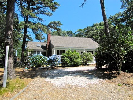 Eastham Cape Cod vacation rental - Mucho Gusto Hideaway, view from driveway