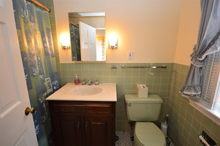 Orleans Cape Cod vacation rental - Master bathroom with tub/shower combo