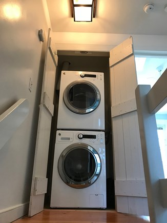 New Seabury, Mashpee New Seabury vacation rental - Washer and Dryer near Full Bathroom.