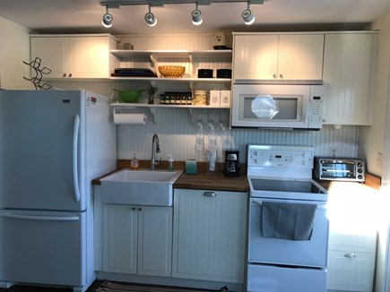 New Seabury, Mashpee New Seabury vacation rental - Kitchen with Microwave, Diswasher.