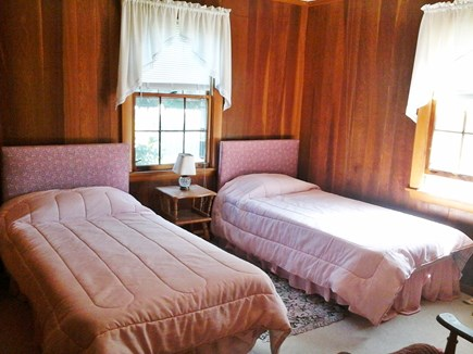 North Falmouth Cape Cod vacation rental - Twin bed BR