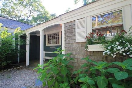 Barnstable, Hyannis Port Cape Cod vacation rental - Enter this quaint Cape Cod Bungalow.