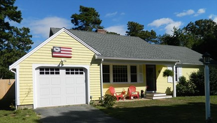 Yarmouthport Cape Cod vacation rental - Front of home