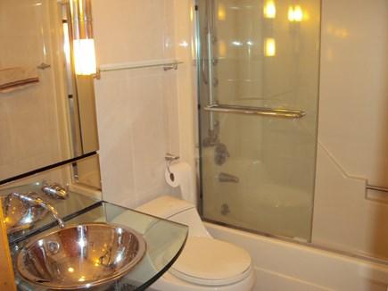West Hyannisport Cape Cod vacation rental - Bath