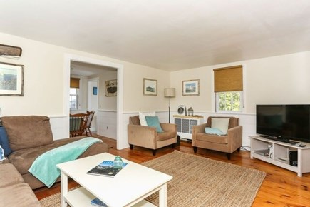 Dennis Port Cape Cod vacation rental - Comfortable bright living room, flat screen television, WIFI.