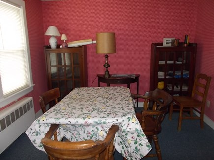 Centerville, Barnstable Centerville vacation rental - Dining area sits 6